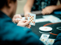 Phương pháp giúp người chơi game Poker dễ thắng nhất - Hình 1