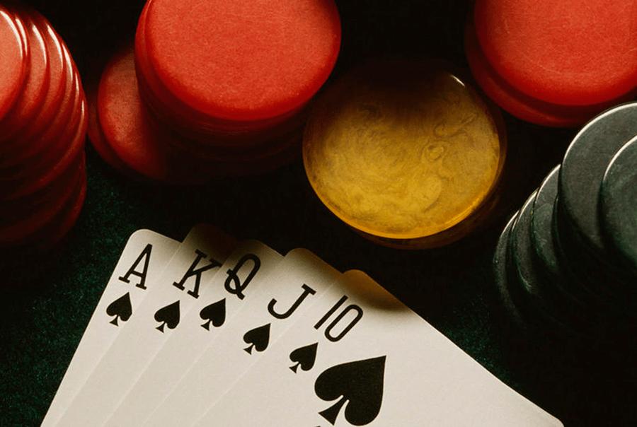 san choi casino dang cap voi poker online - hinh 2