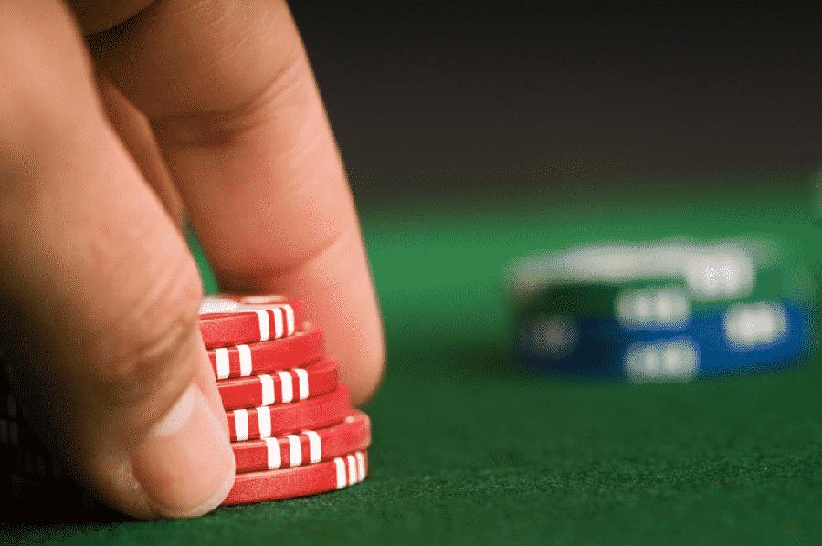 san choi casino dang cap voi poker online - hinh 3