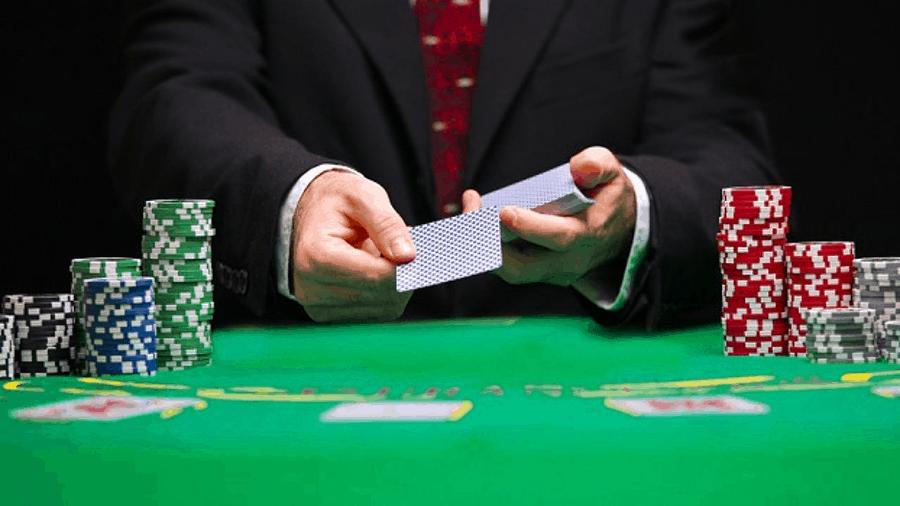 song dau tri poker online - noi the hien dang cap - hinh 3
