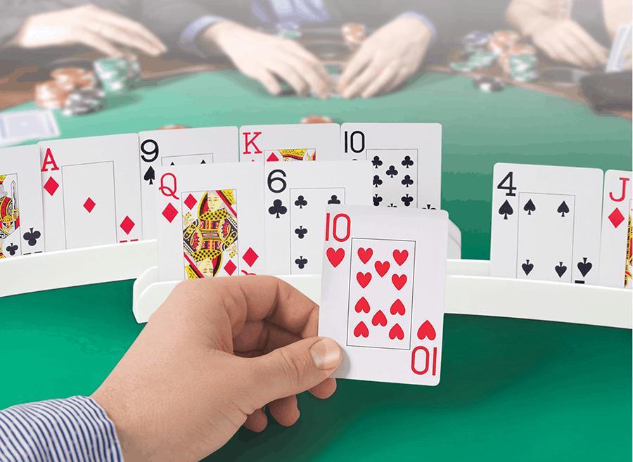 Tiết lộ những điều cần thiết trong game chơi Poker online - Hình 1