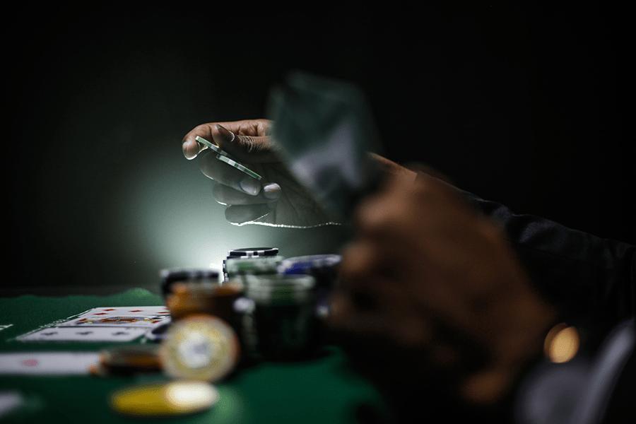 2 lỗi phổ khiến người chơi hay thua khi chơi Blackjack - Hình 1