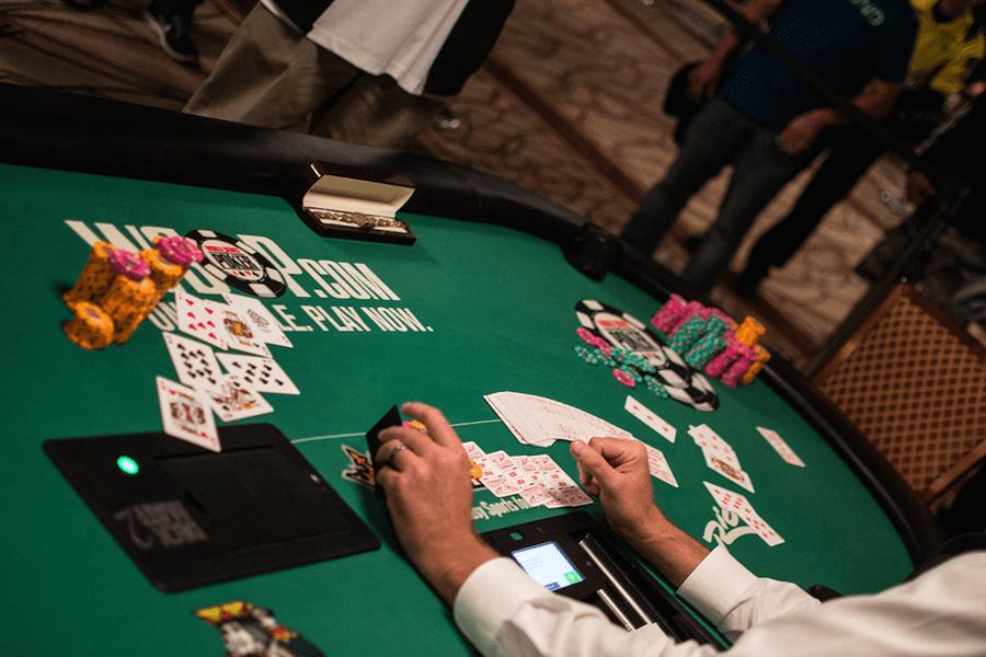 y nghia cua tung vi tri tren ban poker - hinh 2