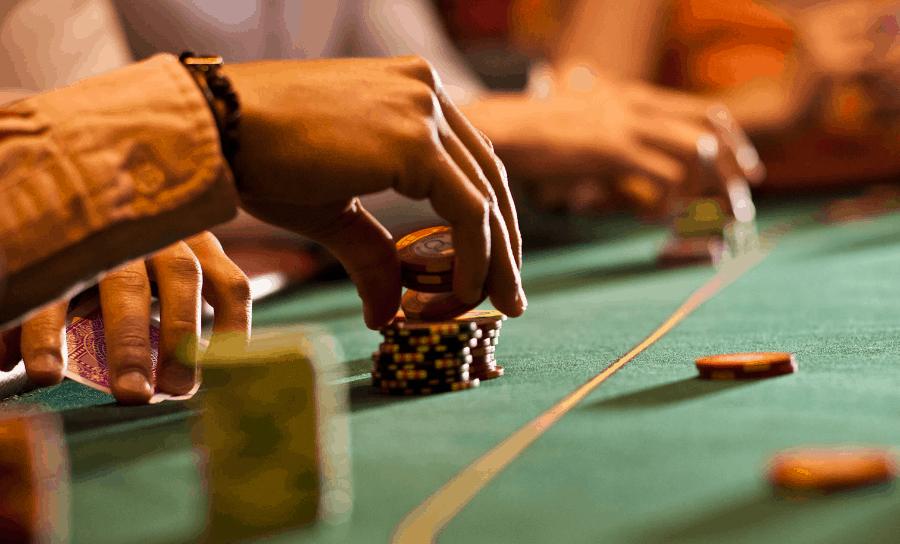 tra loi cau hoi: lam the nao de tro thanh cao thu trong game poker online - hinh 2