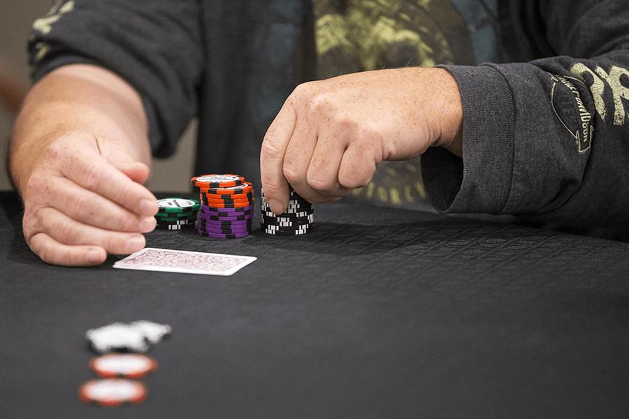 Trở thành Strong Poker-er chỉ trong 4 mẹo đơn giản