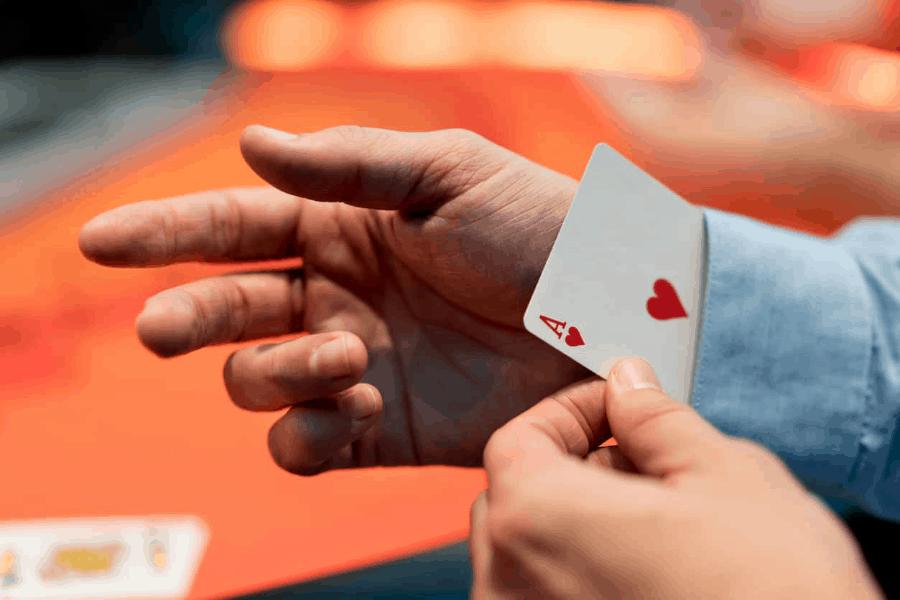 Cách chơi Blackjack và 3 bí quyết cực kỳ hiệu quả
