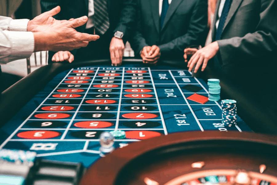 Những bước giúp người chơi Roulette không hối tiếc vì thua tiền