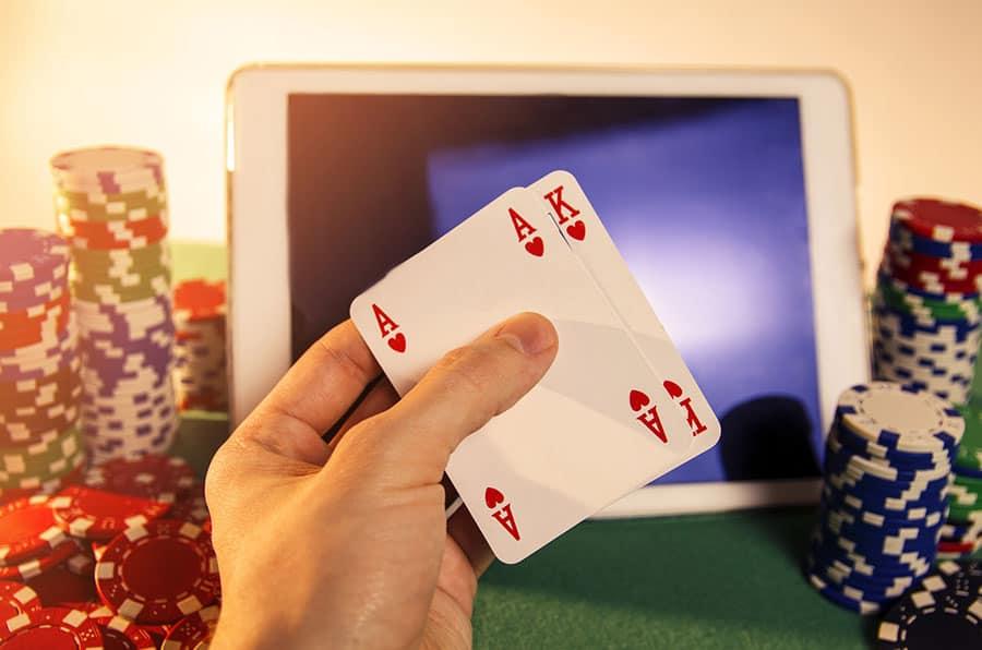 Muốn thắng Poker trực tuyến phải làm điều này