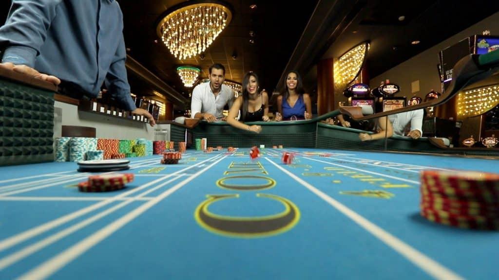 Hoc cach coi Poker online la nghe chinh thuc